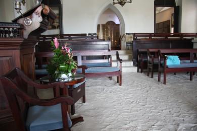 L'interno del Tempio con il pavimento di sabbia. Charlotte Amalie, St. Thomas. Foto di Marco Restelli