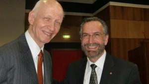 Da sinisitra, Rav Rosen e Rav  Irving Izchak Greenberg