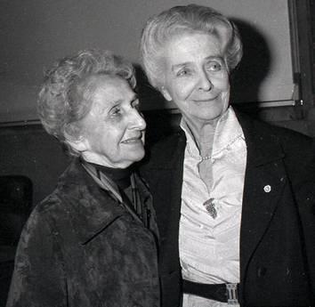 Da sinistra, Paola Rita Levi Montalcini insieme alla sorella Rita