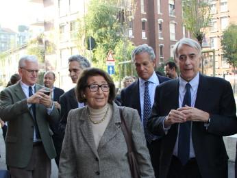 Paola Sereni quando accolse a Scuola l'allora Sindaco di Milano Giuliano Pisapia