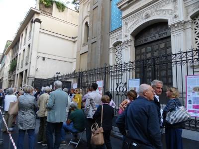 La coda in fila al Tempio di via Guastalla per la giornata europea della cultura ebraica