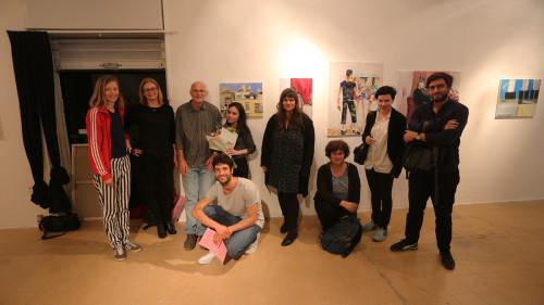 Al centro,Narkis Vizel, vincitrice del Maimeri/Bezalel Painting Award, insieme alla giuria del premio