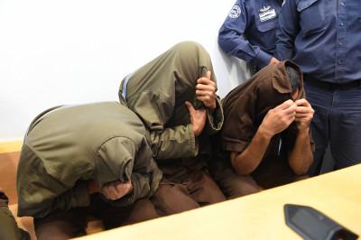 Tre dei quattro palestinesi sospettati di organizzare un attentato di grandi dimensioni a Beer Sheva (fonte: Ynetnews, foto: Yisrael Josef )