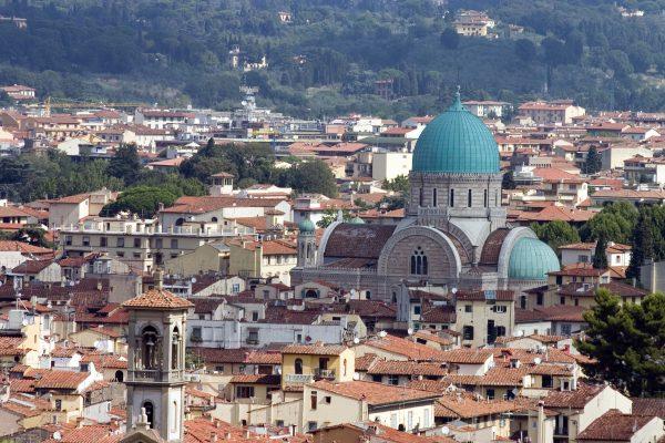 Panorama di Firenze con la Sinagoga