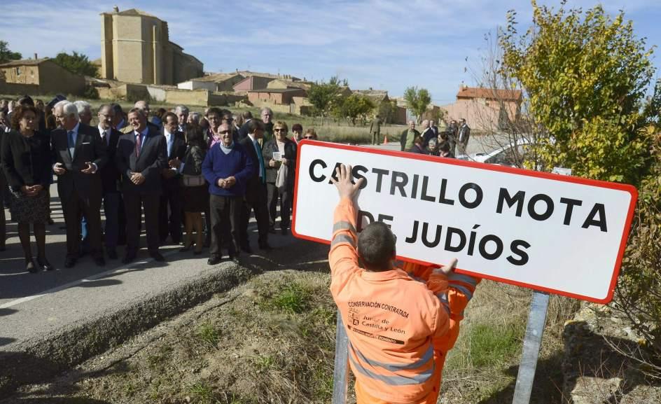 """La cerimonia di cambio del nome del paesino spagnolo """"Mata Judios"""""""