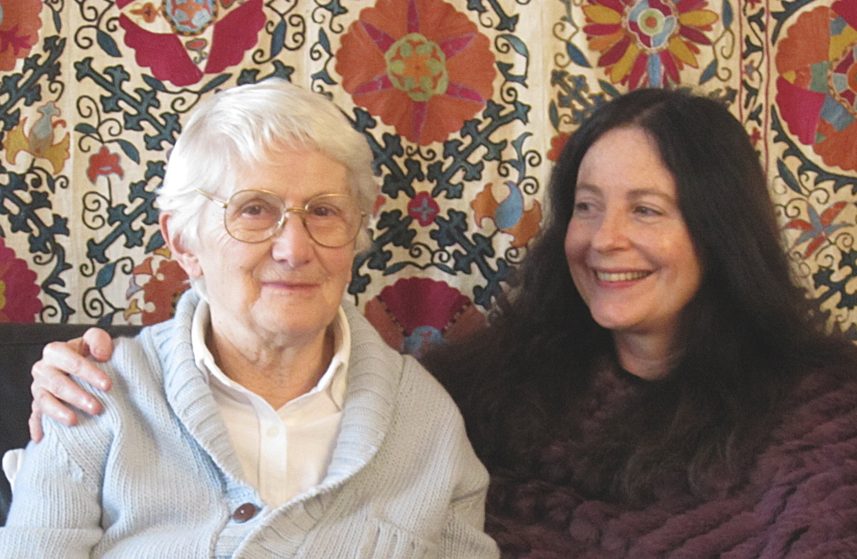 La scrittrice Marina Gersoni Jarre con la giornalista Marina Gersony