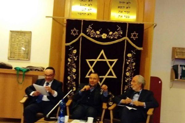 I relatori della serata di Kesher sull'economia