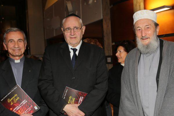 Da sinistra, monsignor Fumagalli, Rav Giuseppe Laras e Shaykh Abd al Wahid Pallavicini