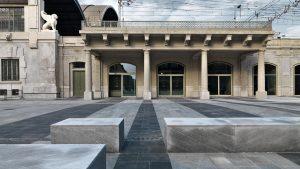 L'esterno del Memoriale della Shoah di Milano