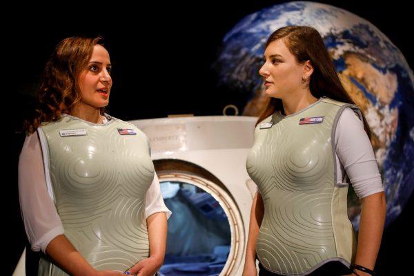 la tuta made in Israele realizzata per la NASA