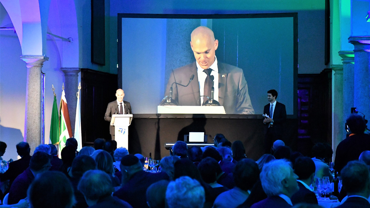 L'ambasciatore israeliano Ofer Sachs alla serata del KKL Italia per i 70 anni di Israele