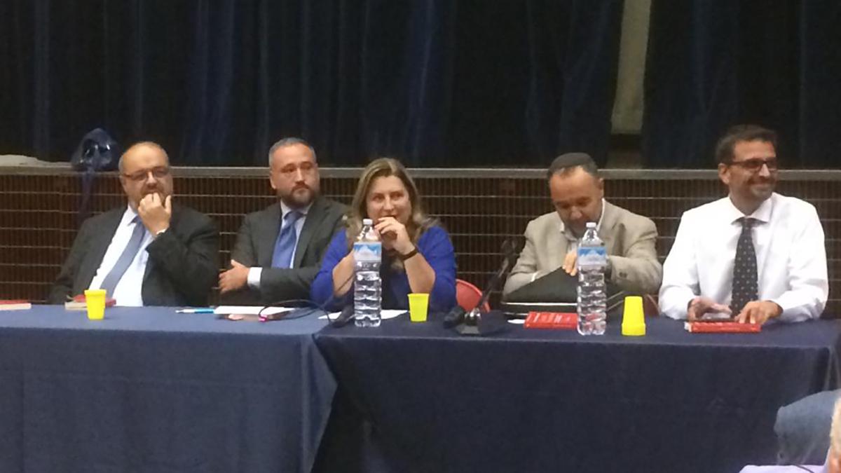 """I relatori alla presentazione del libro """"La stella e la mezzaluna"""""""