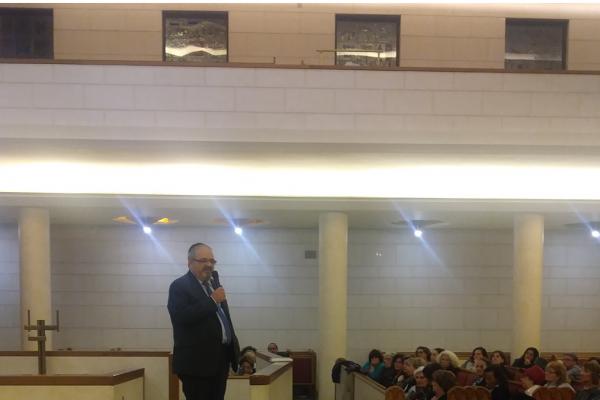 Rav Alfonso Arbib alla cerimonia in via Guastalla per le vittime di Pittsburgh