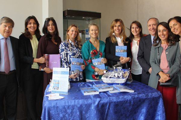 Le donen della WD del Keren Hayesod presentano il libro 'Di cucina in cuicna'