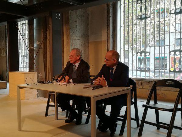 Da sinistra, Roberto Jarach ed Ermanno Tedeschi all'inaugurazione della mostra Ricordi futuri 4.0 al memoriale della Shoah di Milano
