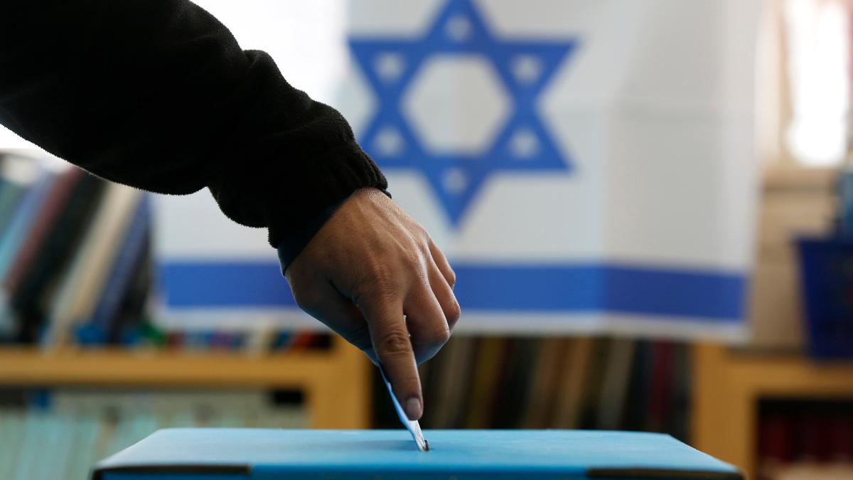 Un'urna per le elezioni in Israele