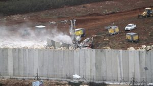 Israele distrugge i tunnel di Hezbollah al confine con il Libano