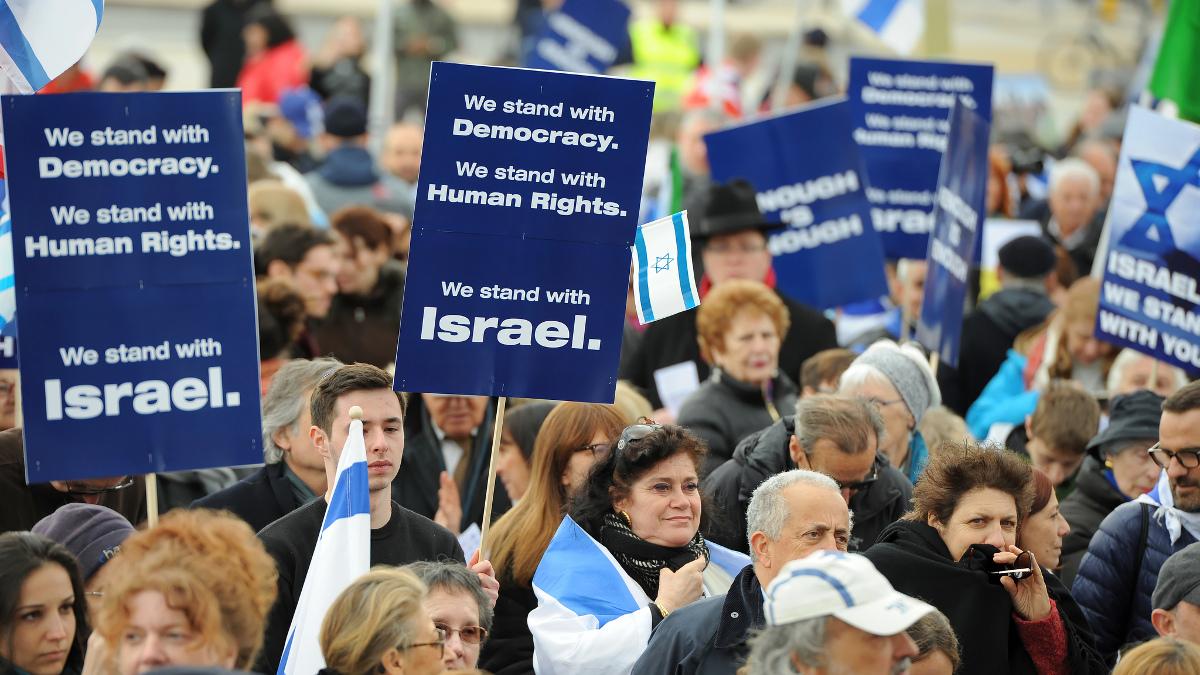 La manifestazione del 18 marzo a Ginevra davanti al Palazzo dell'Onu