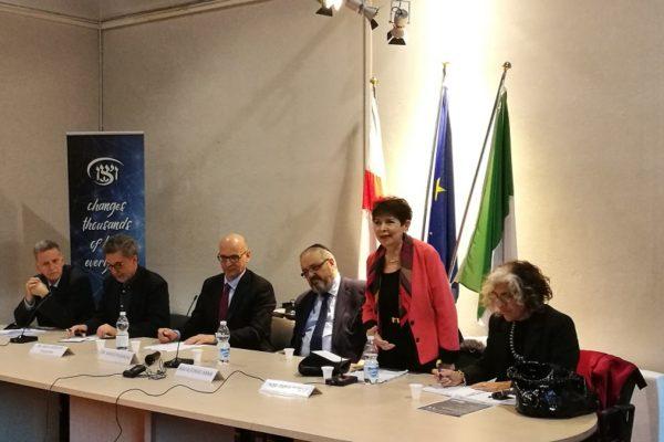 La storica Dina Porat parla della Brigata Ebraica durante un incontro organizzato dall'ADEI Wizo