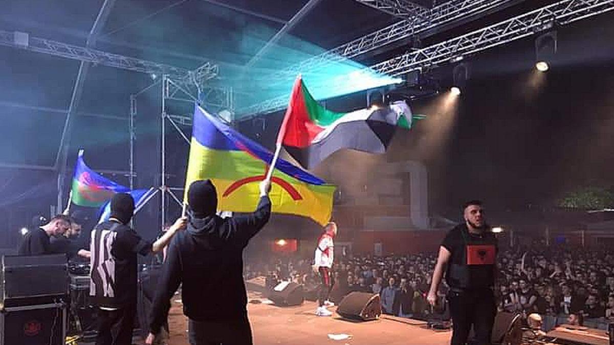 La bandiera palestinese al concerto del rapper Speranza