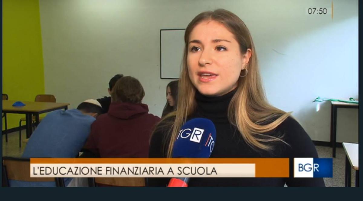 una ragazza della scuola ebraica intervistata su Rai 3