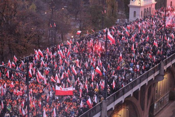 La marcia dell'estrema destra a Varsavia