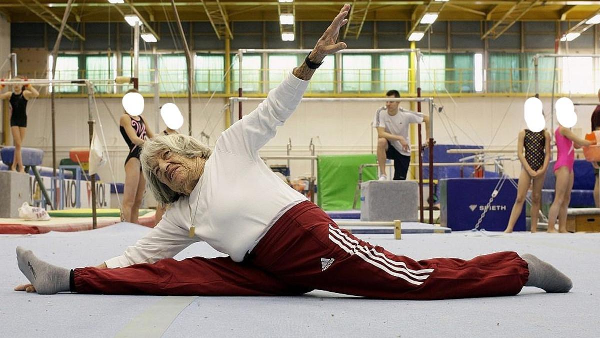 La campionessa olimpica Agnes Keleti