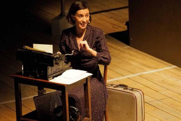 Una scena de 'Il ballo di Irène' in scena al Conservatorio il 27 gennaio
