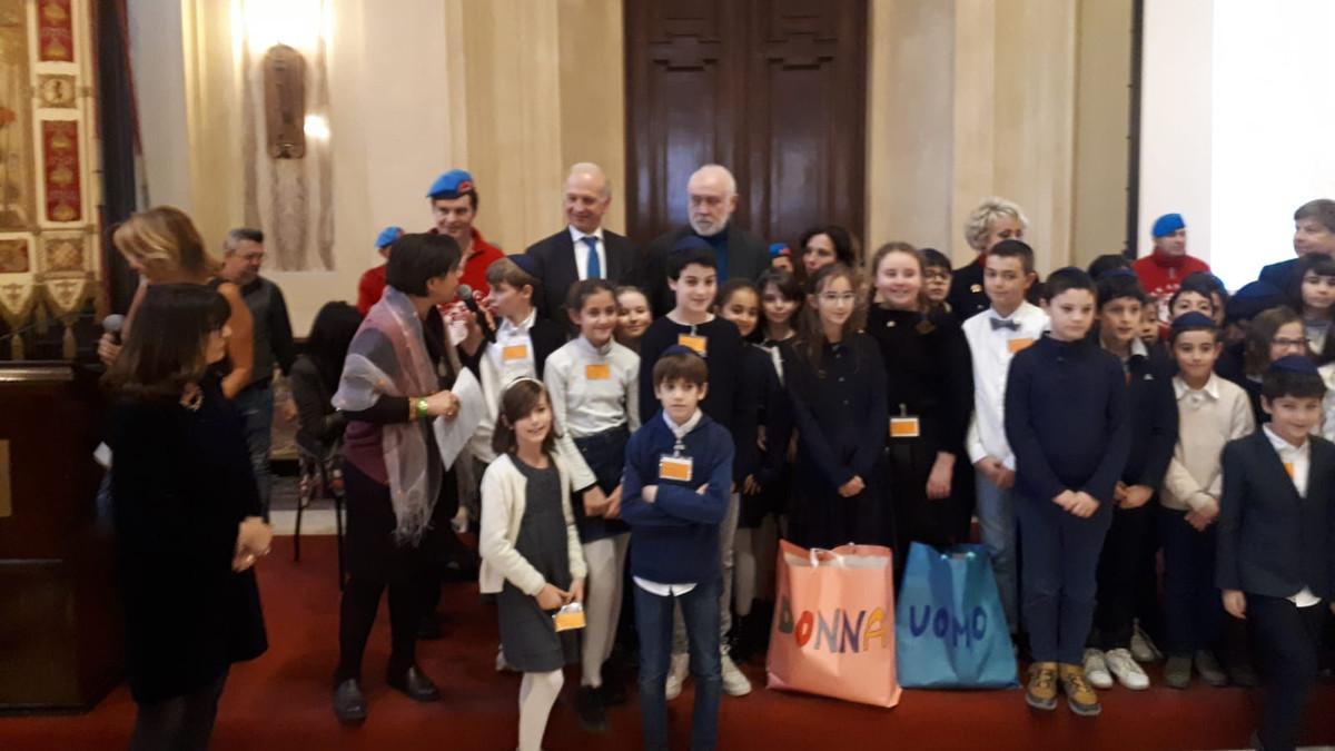 La scuola primaria A. Da Fano riceve il Premio Campioncino