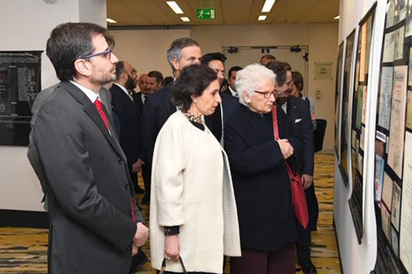 Liliana Segre in Regione Lombardia visita la mostra sulla Brigata Ebraica