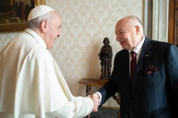 Papa Francescod Moshe Kantor