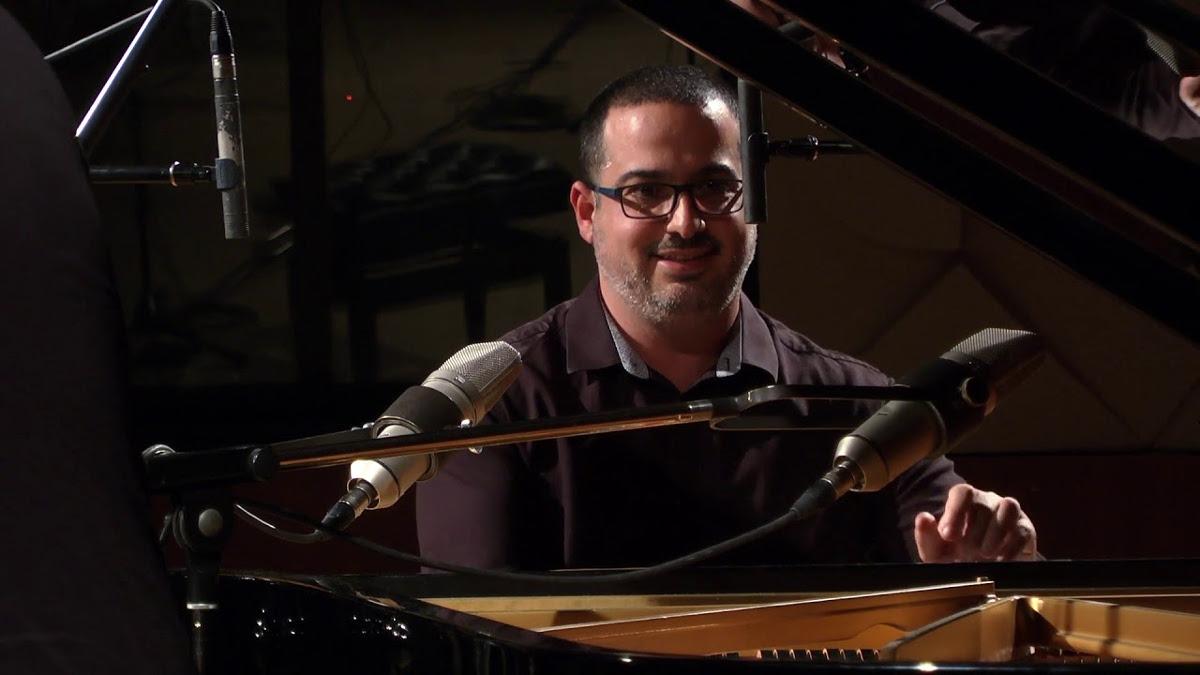 Il pianista Yonathan Avishai