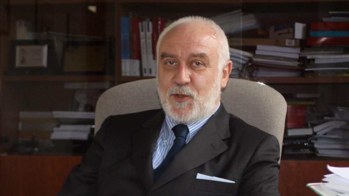 Il dirigente scoalsticod ella scuola ebraica di Milano Agostino Miele