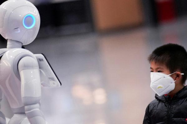 Il robot israeliano Temi usato anche per l'emergenza coronavirus