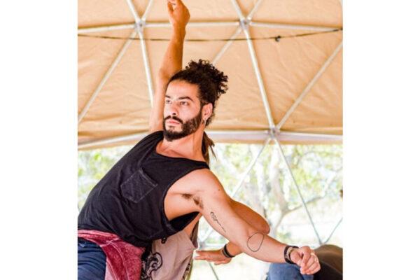 Il ballerino arabo-israeliano Ayman Safiah