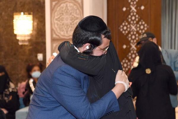 famiglia di ebrei yemeniti si riunisce dopo 15 anni