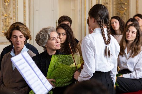 Elena Sofia Ricci interpreta Rita Levi Montalcini (Credit sito SpettacoloMusicaSport)
