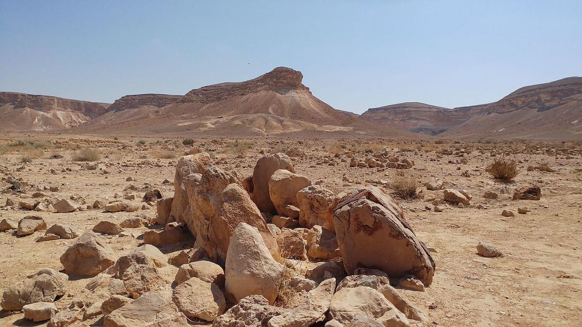 L'Hat Ha Karcom potrebbe essere il biblico Monte Sinai