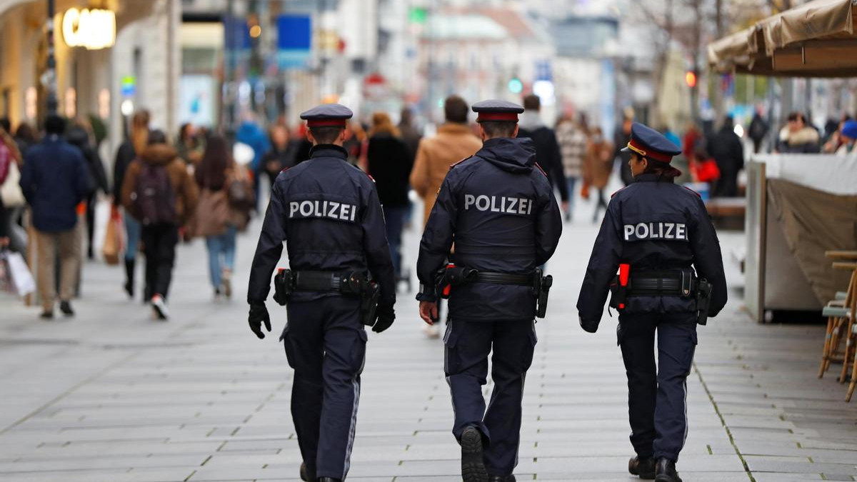 Poliziotti a Vienna