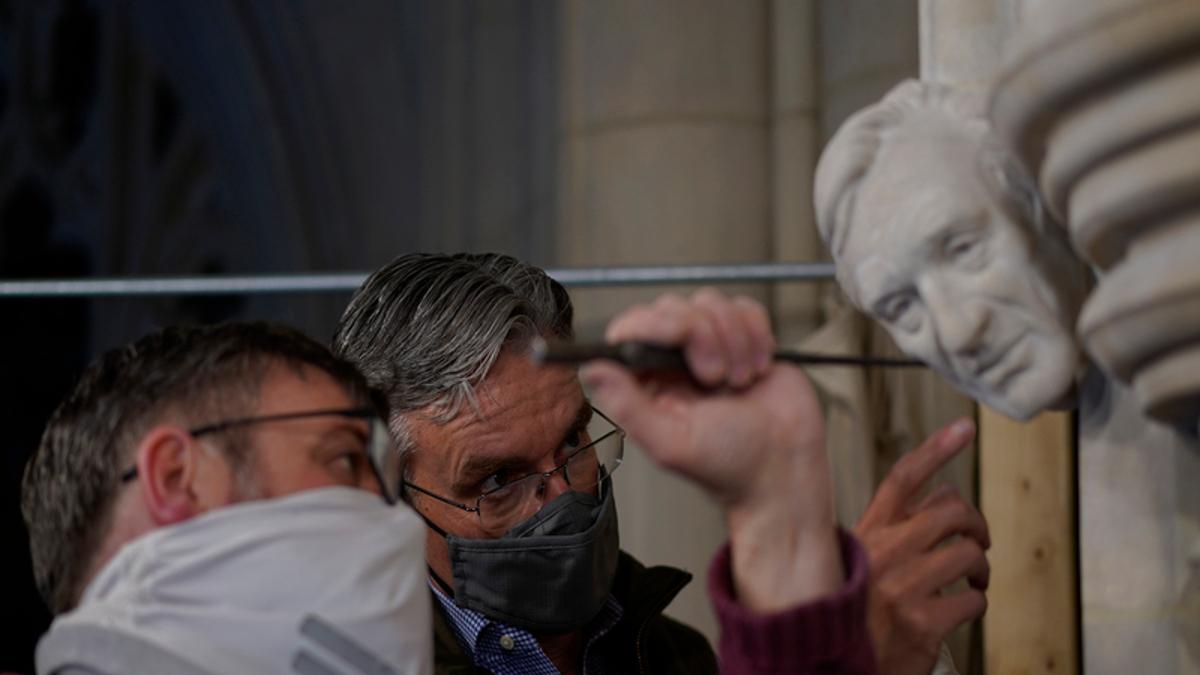La scultura di Elie Wiesel nella Cattedrale Nazionale di Washingtonnella
