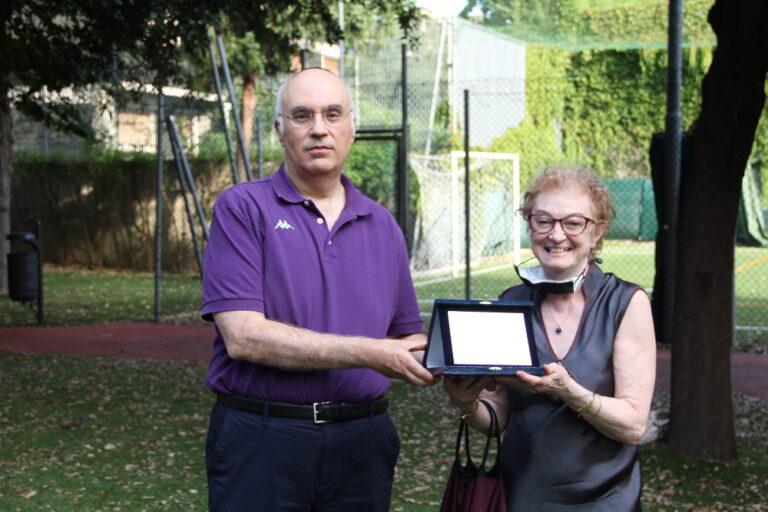 Esterina Dana con Alfonso Sassun alla cerimonia di saluto alla scuola ebraica di Milano