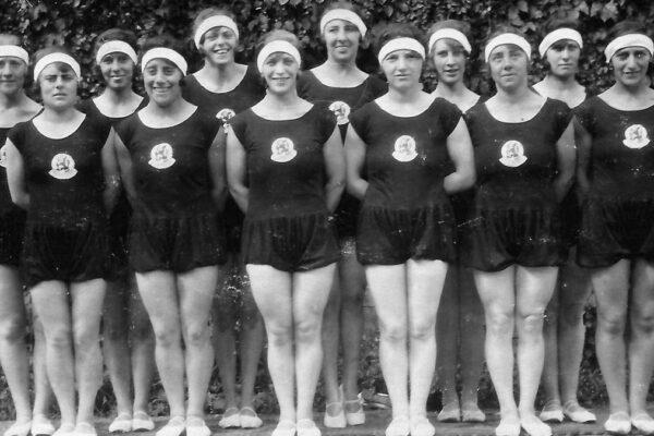 Squadra olimpica olandese, con cinque atleti ebrei