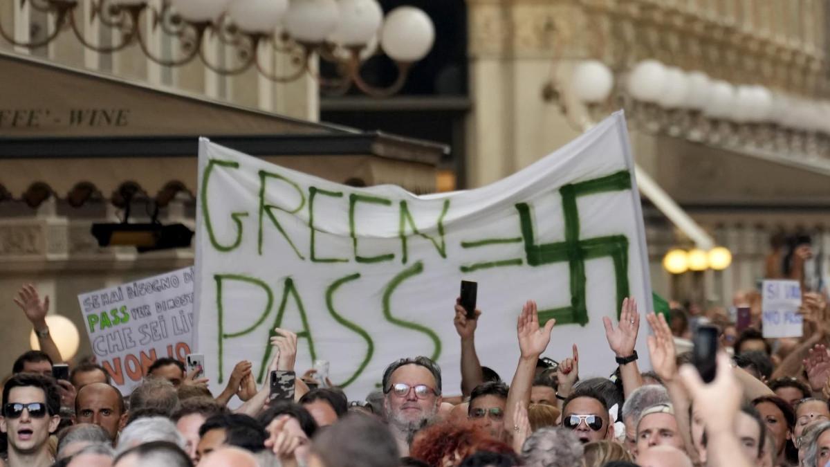 Manifestazioni contro il green pass