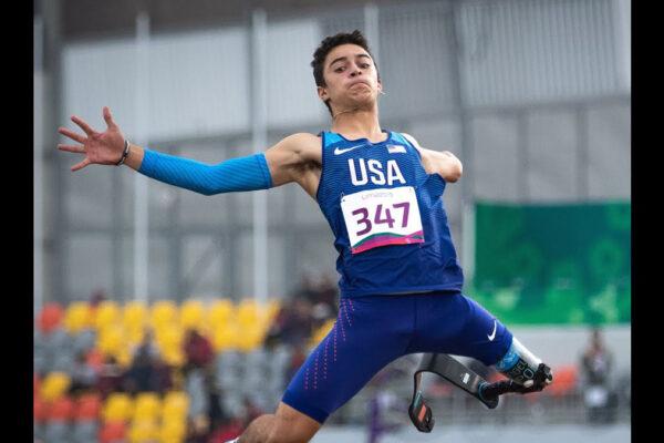 L'atleta ai Giochi Paralimpici di Tokyo 2020 Ezra Frech