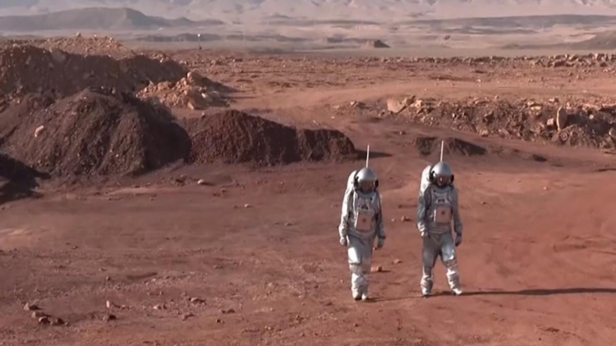 Astronauti nel Negev simulano un'operazione su Marte