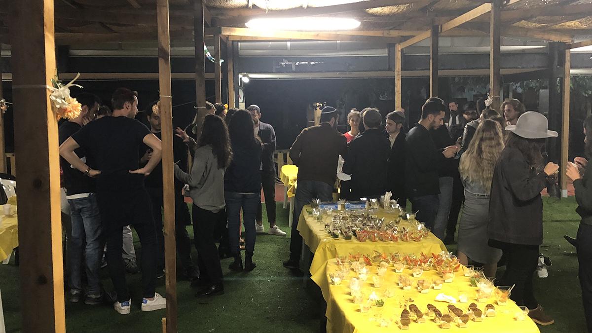 Evento dei giovani della comunità in Sukkà